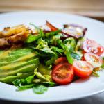Кето салат с курицей и соусом чимичурри