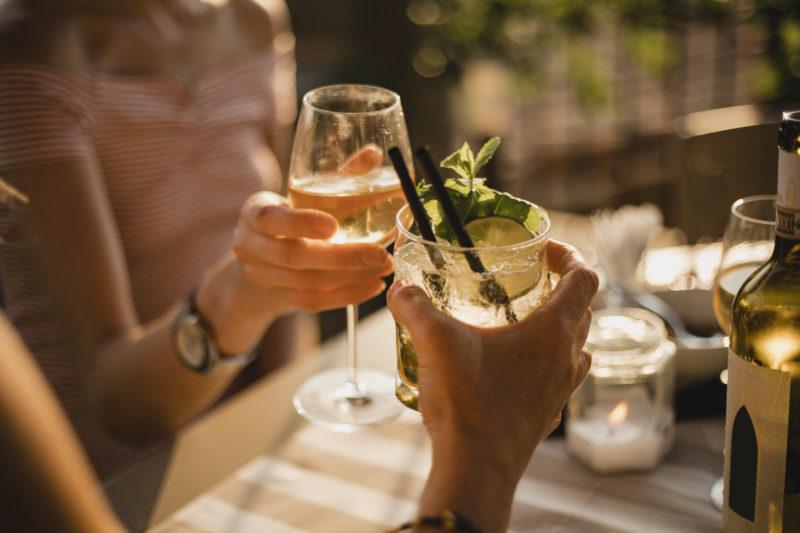 Алкоголь и давление – какое спиртное можно пить при ...
