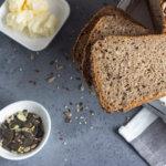 Мягкий и вкусный кето хлеб с семенами