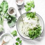 Кето салат из капусты кольраби